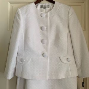 White jewel-neck suit with skirt
